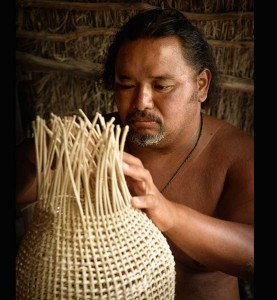 Lauhala weaving _Yves Rubin